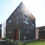 明るい採光計画、一級建築士が暮らす無垢の家