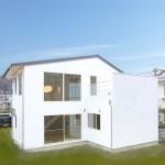 20帖の吹抜けLDKと8帖テラスが一体になる家。シンプルモダンなデザイン注文住宅